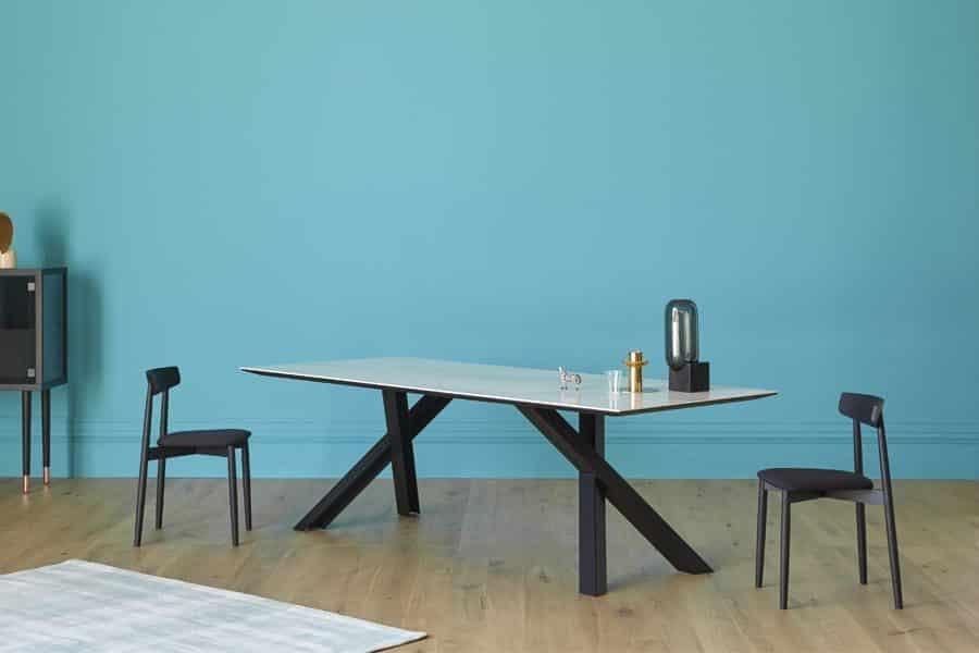 Miniforms – Tisch Gustave