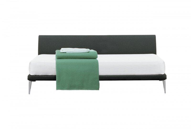 Bett Bed