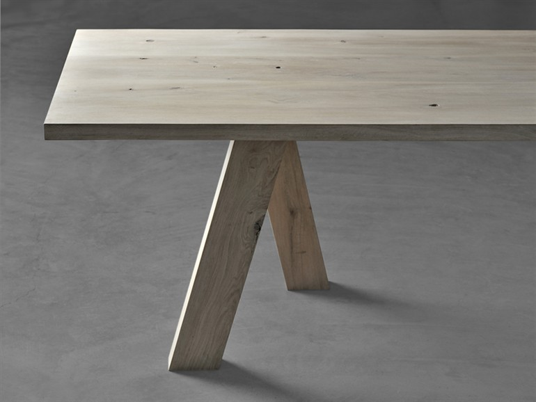 Tisch Go