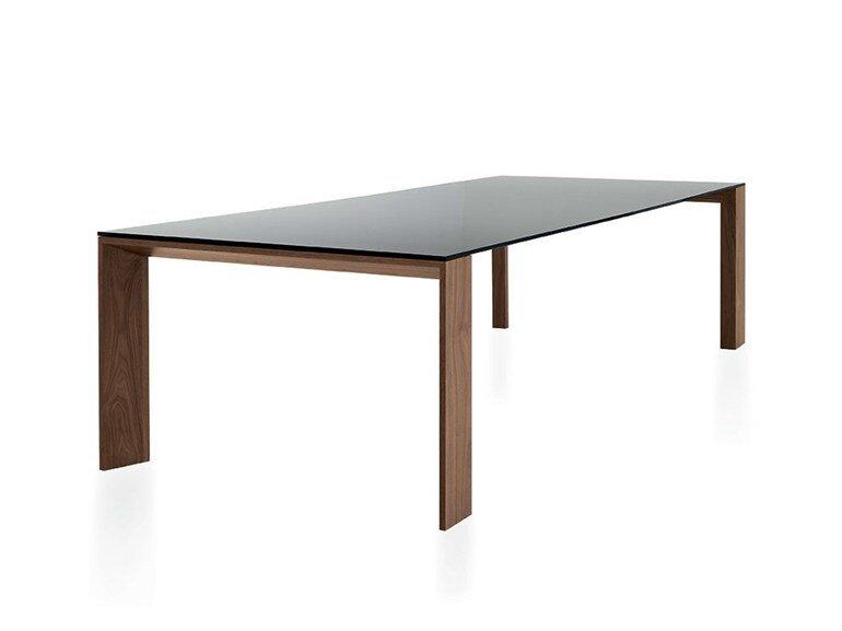 Tisch Toronto