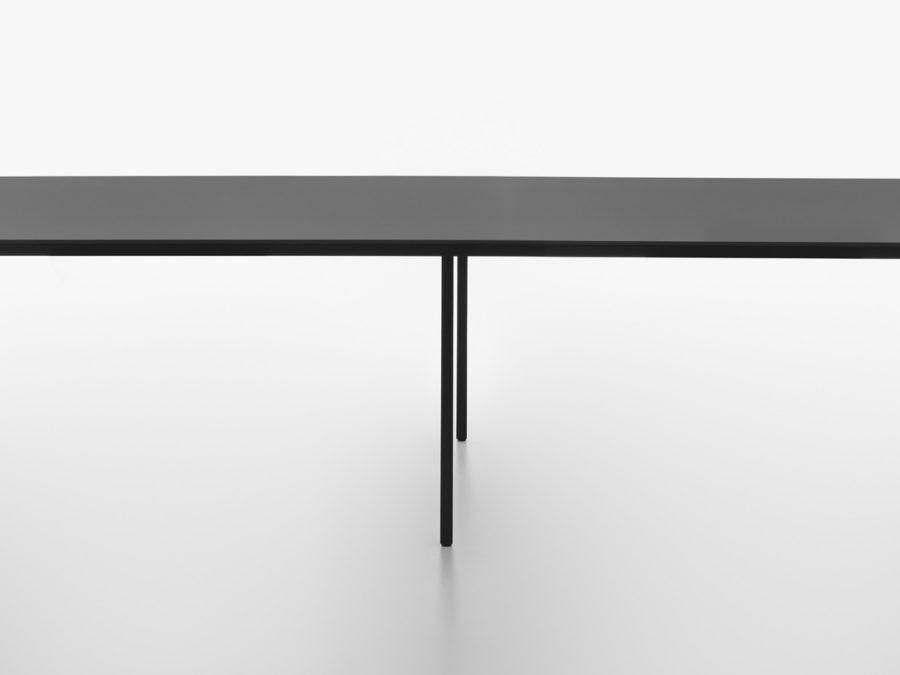Plank – Tisch Fila