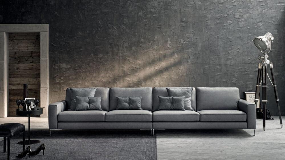 Le Comfort Sofa Russel